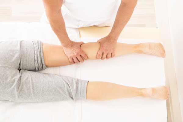 Helse og Idrætsklinikken i Lyngby, sports massage, venepumpemassage, ømme lægge, ømme muskler, ømme ben